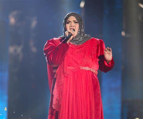 Baju Baj Taja aishah nafi tuduhan wartawan kononnya tak dapat tajaan pakaian diari dunia