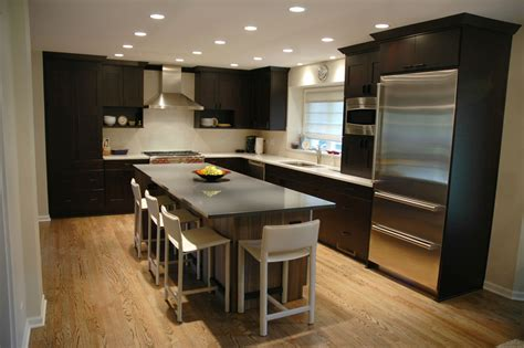 Convert Traditional Home To Modern | remodeling a small traditional kitchen to a modern design