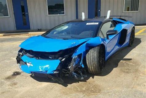 lamborghini aventador sv roadster blue lamborghini aventador sv roadster wrecked after just 100 km s