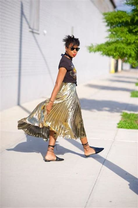 8 Ways To Wear Metallics by Style 6 Ways To Wear Metallic Pleated Maxi And