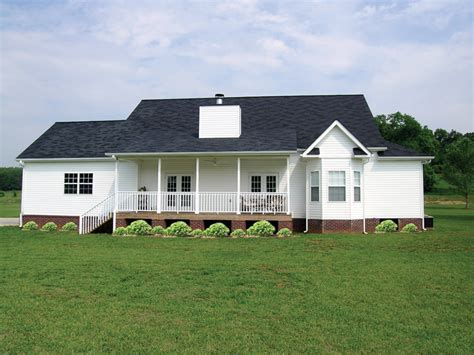 traditional farmhouse plans callaway farm country home plan 016d 0049 house plans and more