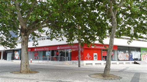 banco totta santander totta amoreiras lisboa bancos de portugal