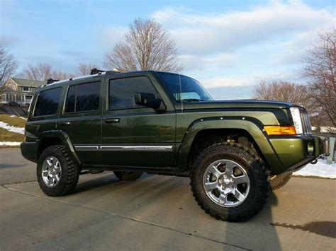 jeep commander lifted lifted jeep commander imgkid com the image kid has it