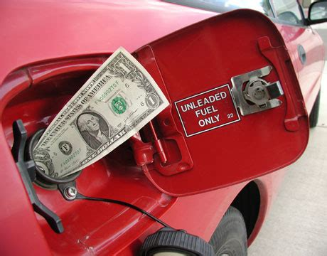 Cheap Cars That Get Gas Mileage by Improve Your Gas Mileage How To Get 7 Mpg More From Your