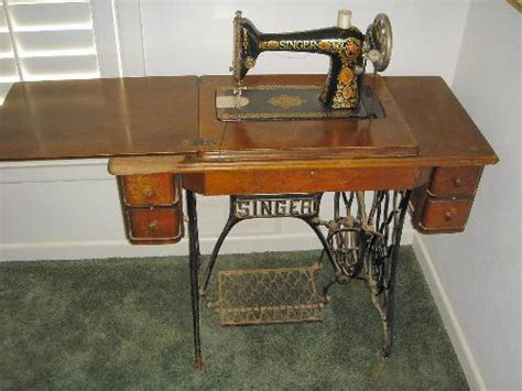 singer sewing machine cabinet singer sewing machine cabinets antique roselawnlutheran