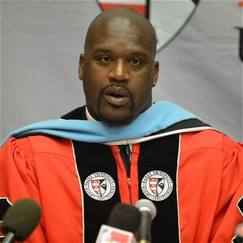 Shaq Mba by Pics Shaquille O Neal Receives His Doctoral Degree In