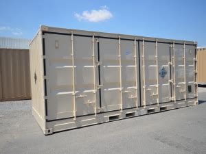sea box | 20 ft x 8 ft 6 in iso container with one full