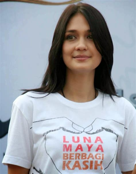 luna maya indonesian top actress and model her brief interesting info and gallery victoriarud