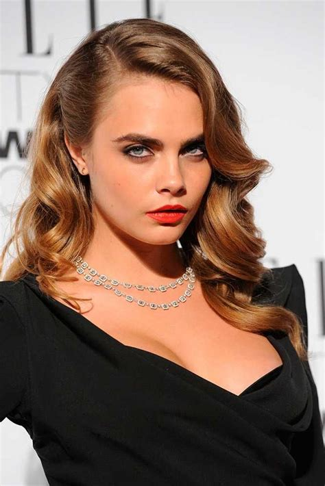get hollywood celebrity hairstyles at home elle style awards 2015 best beauty cara delevingne red