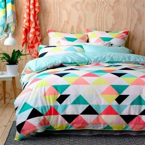 Colorful Bed Sheets Creating Modern Bedroom Decor With Geometric Bedding Sets