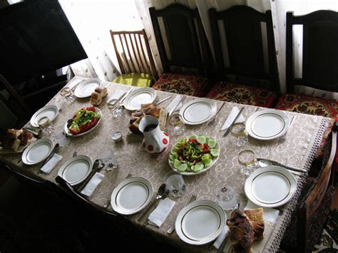 Lunch Table Setting Armenia Leave Me Here