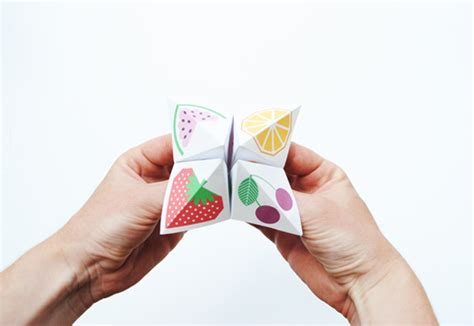 How To Make One Of Those Paper Fortune Tellers - diy origami fortune teller petit small