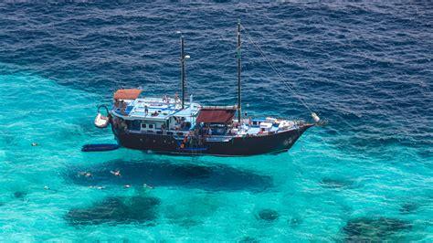 living on a boat thailand similan islands liveaboard similan islands