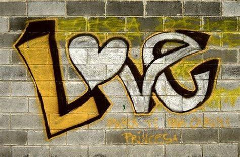 imagenes love graffiti graffitis de amor chidos arte con graffiti