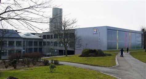 art design jobs scotland university of dundee commence medical school extension