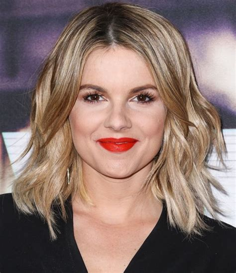 ali fedotowsky bob hairstyles simplicity rules 21 layered bob hairstyles cinefog