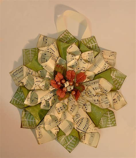 How To Make Paper Wreaths For - the olde saltbox paper cone wreaths