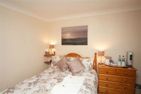 Cunard Guest House Updated 2018 B B Reviews Price View Guest House Weymouth