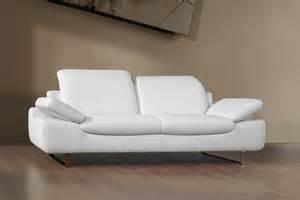 Chaise Fauteuil Design Pas Cher #2: canape-3-places-en-cuir-regenere-sofia.jpg