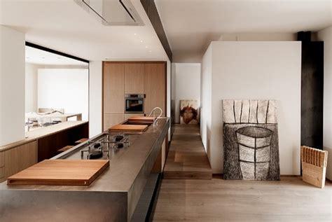 interni contemporanee interno contemporaneo con ferro e legno studio lca luca compri