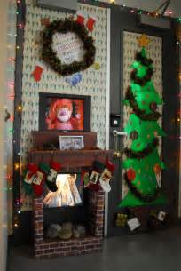 holiday door decorating ideas christmas office door decorating ideas images