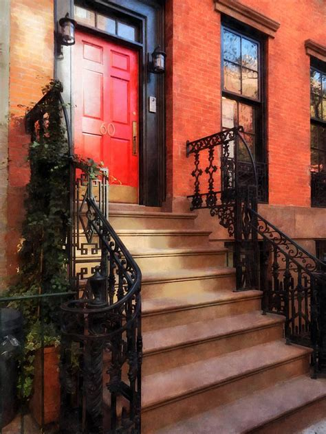 greenwich brownstone with door rent direct