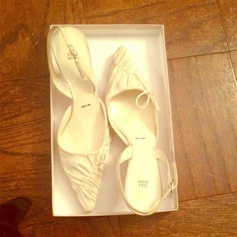 Vera Kitten Heels In White best 25 vera wang wedding shoes ideas on