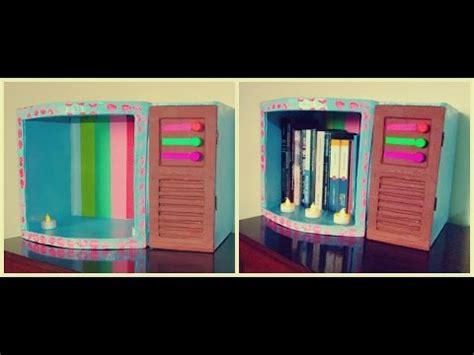 librero reciclado de carton como hacer un librero retro estilo tv antigua de cart 243 n