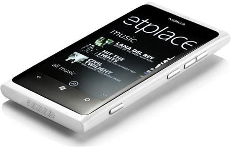 White Nokha white nokia lumia 800 pictures the tech next