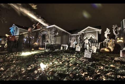 homes decorated for halloween 45 halloween decorations that convert homes into real