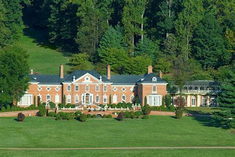 donald trumps home donald trump buys kluge winery and estates here comes