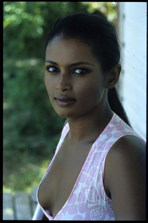 girl-nadine-ethiopian-dating-african-american-kissing