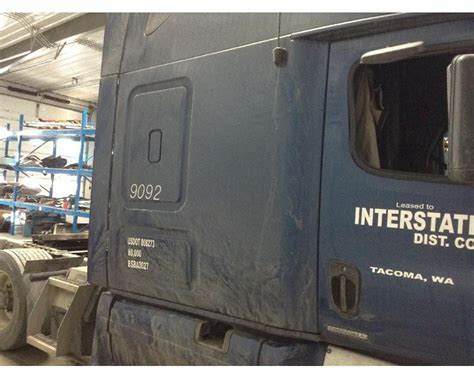freightliner cascadia cab curtains 2011 freightliner cascadia cab exterior panel for sale