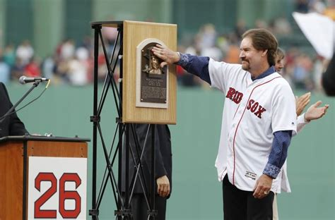 Top five red sox players not in the baseball hall of fame