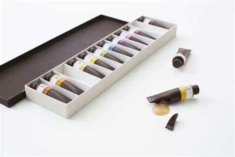 Harga Coklat Dove Yang Berbentuk pensil gambar dan cat lukis ini bisa bikin kenyang