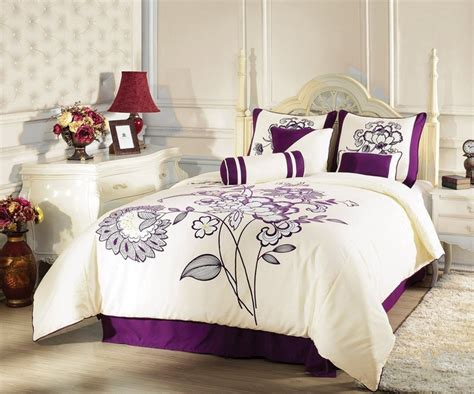 purple and beige bedroom 17 best images about bedroom ideas decorating on