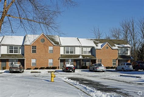 fremont appartments fremont manor apartments rentals fremont oh
