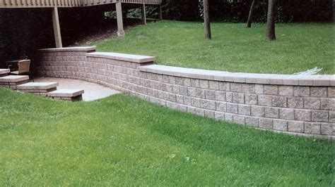 Uniblock Wall Unilock Retaining Walls Flagstone Patio Flagstone
