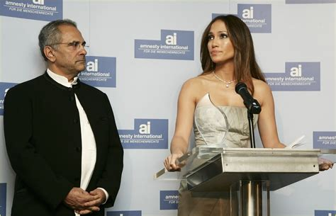 Jlo To Receive Amnesty Award by Granted Amnesty Award Photo 2418354