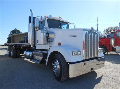 used w900 kenworth trucks for sale used 2007 kenworth w900 flatbed truck for sale in ms 6019