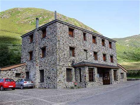 casas rurales ancares turismo rural en los ancares leoneses hotel rural miravalles