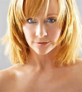 pics of reba mcintyre in pixie hair style reba mcentire short hair pictures short hairstyle 2013