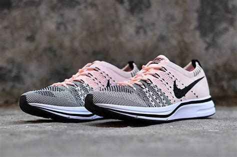nike flyknit trainer sunset tint and black white for sale