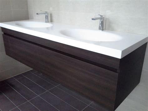 corian vanity solid surface materiale all avanguardia gr design