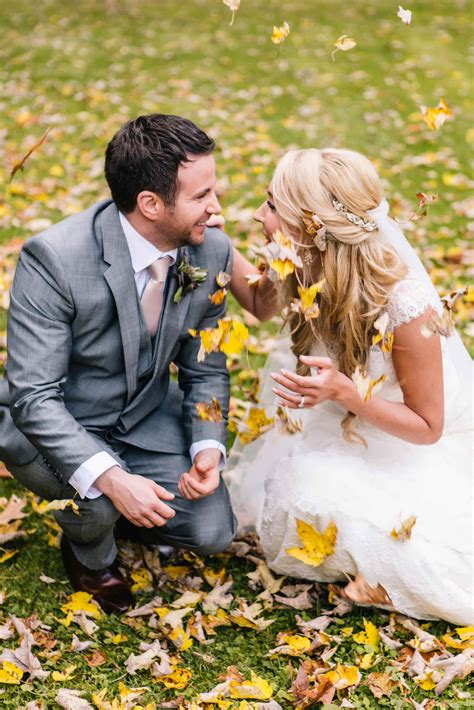 wedding day pictures romantic poses