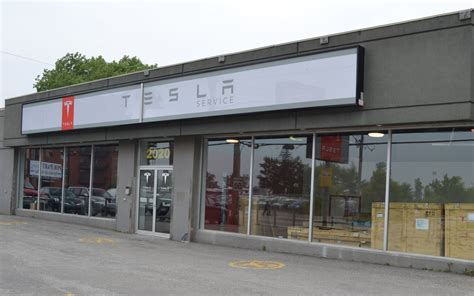 Electric Lava L by Tesla Has Opened A Service Centre In Laval Picture