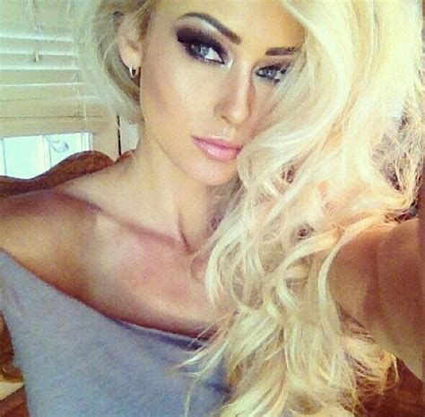 blonde hairstyles with makeup blonde curly hair dramatic makeup hairhairandmorehair