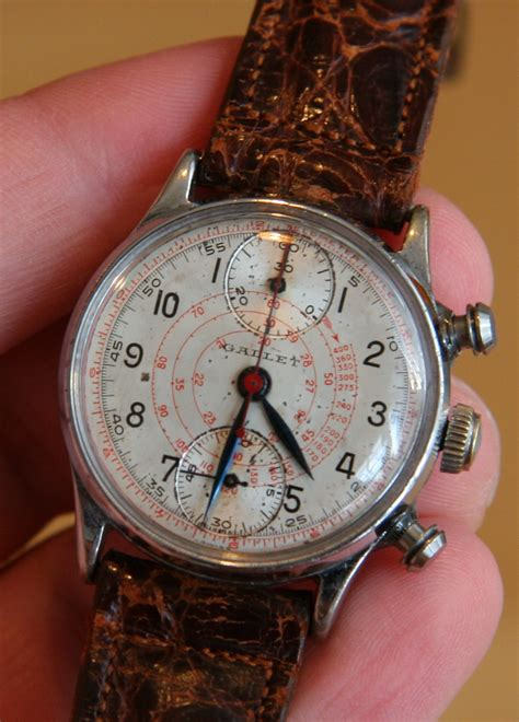 living with the past week with 1940 s vintage gallet