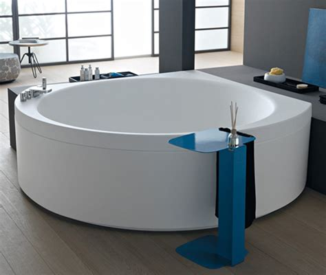 Modern Bathroom With Tub Ideas Beautiful Corner Bathtub Design Ideas For Small