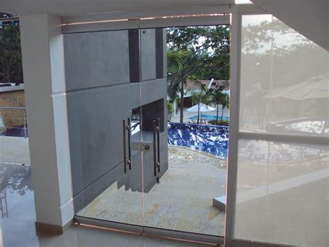 Puertas Vidrio Correderas #4: PuertasVidrio_Acceso12.jpg